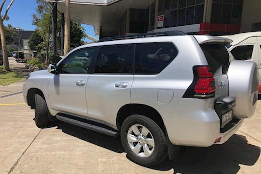 78ee24496ba5e Demo 2018 Toyota Prado GXL Turbo-diesel (Silver Pearl) with Leather  Accented seats